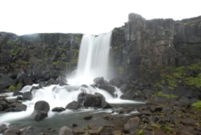 Thingvellir - trhlina